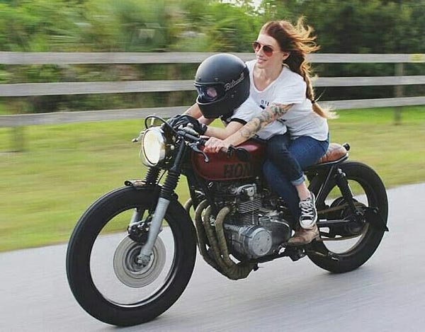 motoclubsmexico-chicas-cafe-racer0111